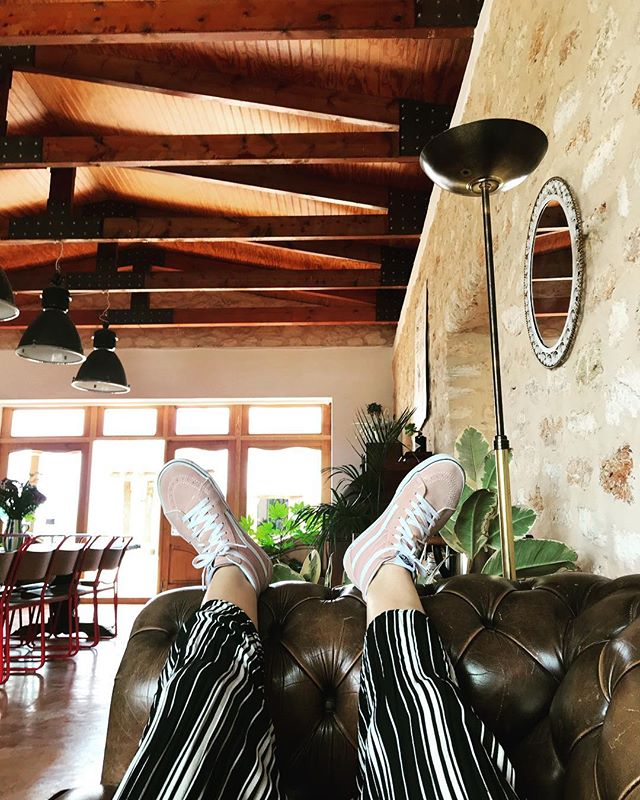 Sweet Siesta // #siesta #ibizastyle #kickback #chill #escapetheheat #enjoythebreeze #summer #ibiza #boutiquevilla #lascicadasibiza #barn #farmhouse #rustic #finca #interiors #stylish #interiordesign #chesterfield #pinkvans